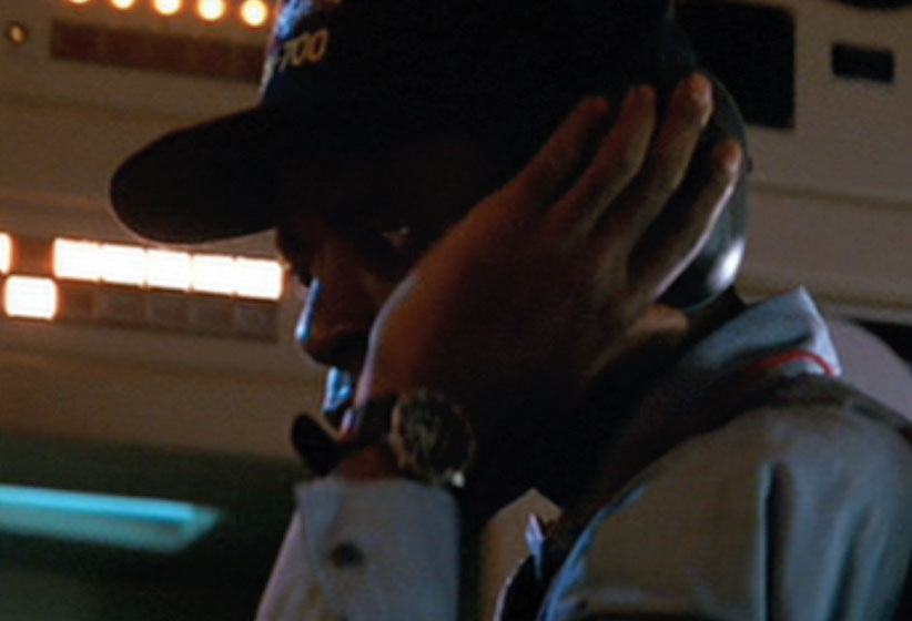Casio_AMW320_Hunt_For-Red_October_Movie_Courtney_Vance